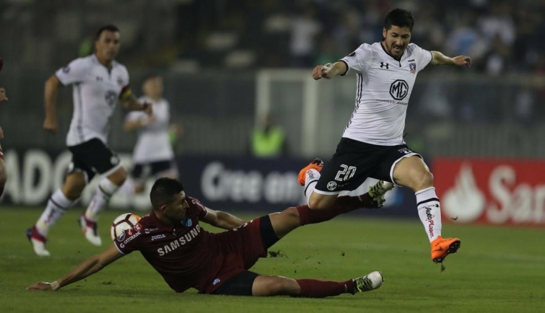 Bolívar se complica al perder frente a Colo Colo 2 a 0
