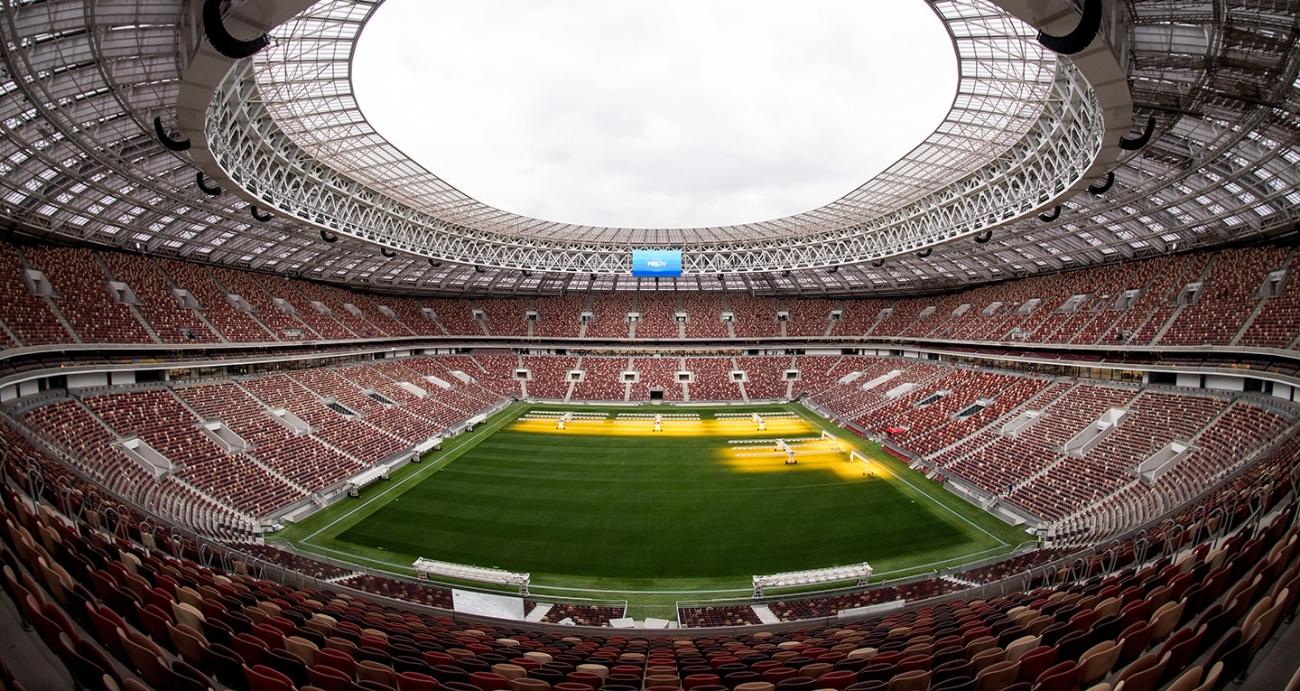 Césped movible en el innovador estadio de San Petersburgo está listo