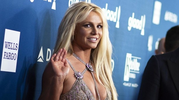 Problemas de salud del padre de Britney Spears le obligan a retirarse de los escenarios durante un tiempo