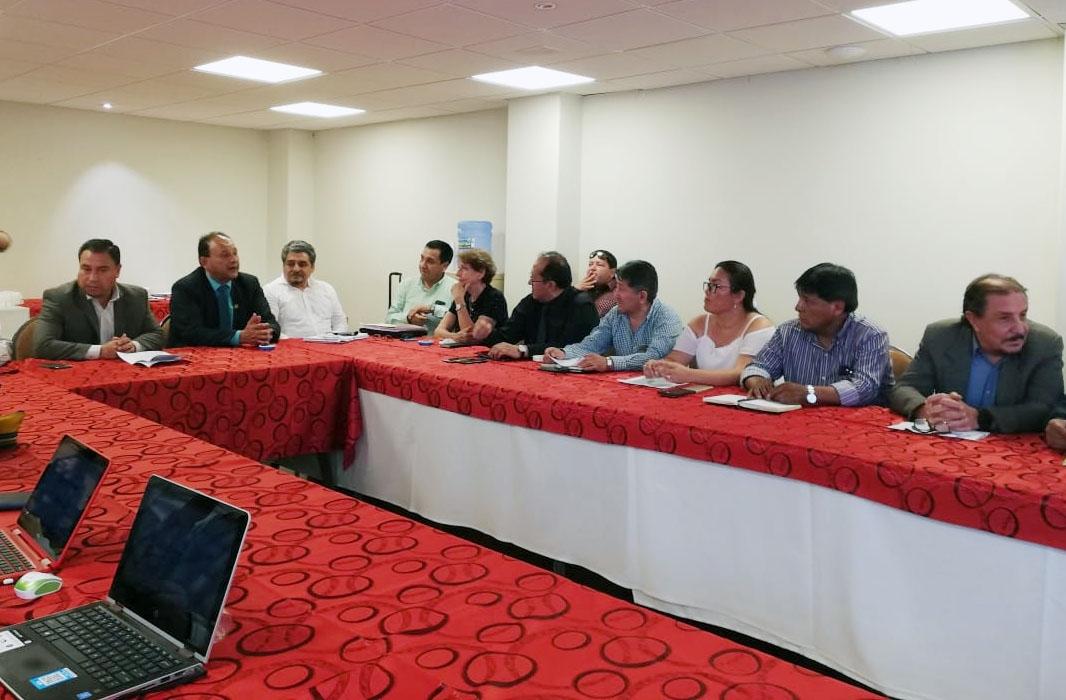 Reanudan diálogo sobre Sistema Único de Salud en Cochabamba médicos y gobierno nacional
