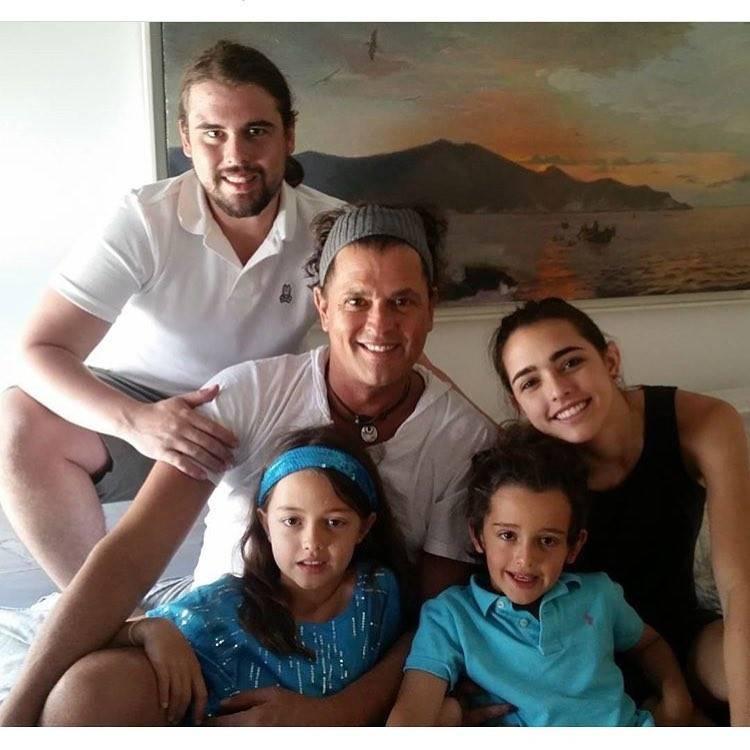 8 padres y madres famosos que han apoyado públicamente a sus hijos homosexuales