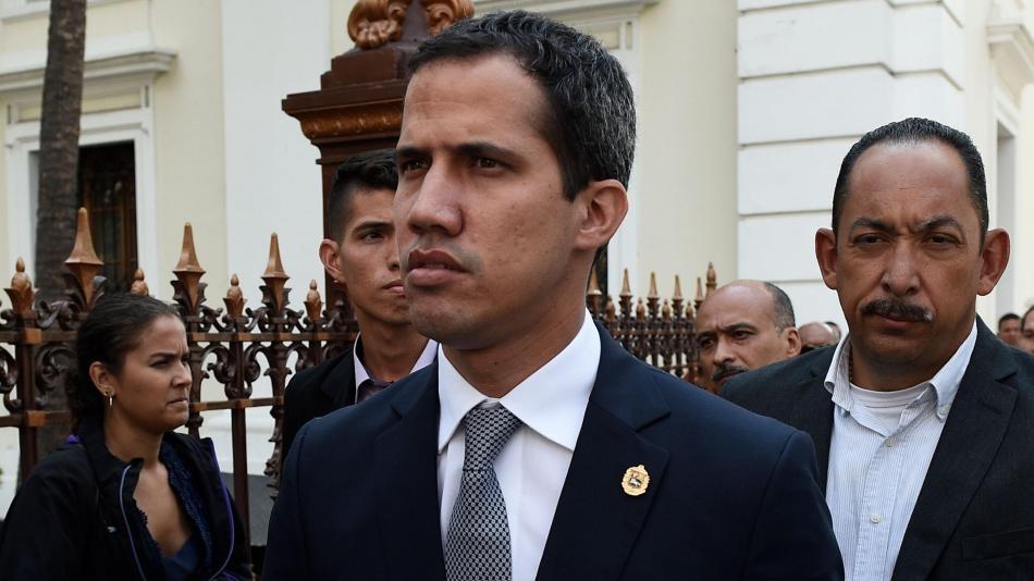 Contraloría de Venezuela inhabilita a Juan Guaidó para el ejercicio de cualquier cargo público por 15 años