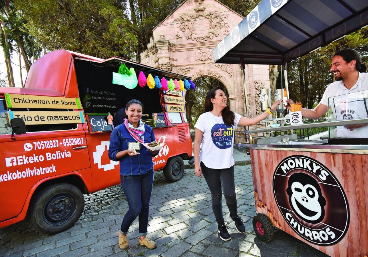 Movimiento Food Trucks presenta comida creativa de alimentos tradicionales bolivianos en la Noche del Patrimonio Cultural