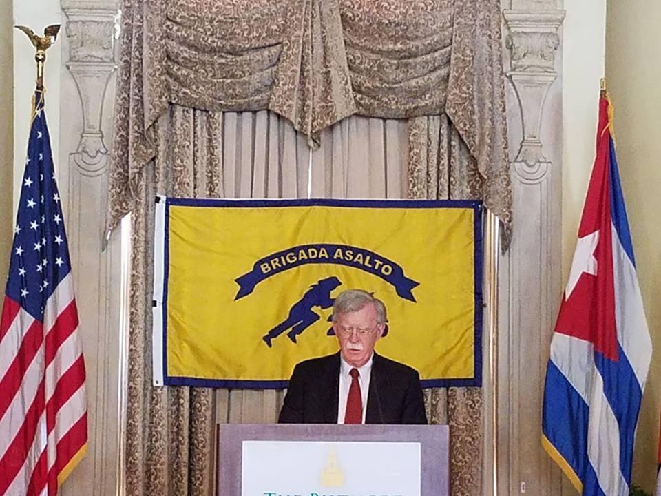 EEUU anuncia más y nuevas restricciones de los viajes a Cuba