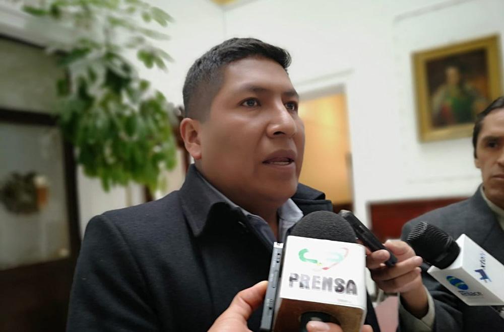 Alcalde de Achocalla le recuerda el plazo para el cierre del relleno sanitario y rechaza denuncias de Luis Revilla