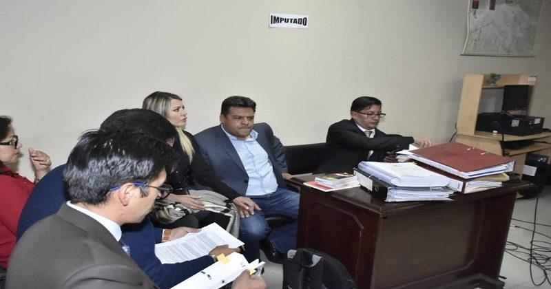 La Justicia determinó detención domiciliaria con derecho a trabajo para Luis Revilla alcalde de La Paz