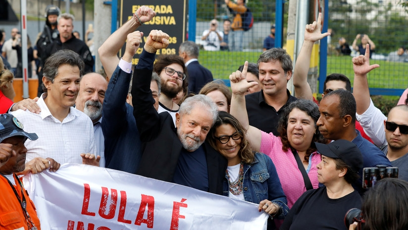 Lula da Silva sale en libertad después de estar 1 año y 7 meses en prisión