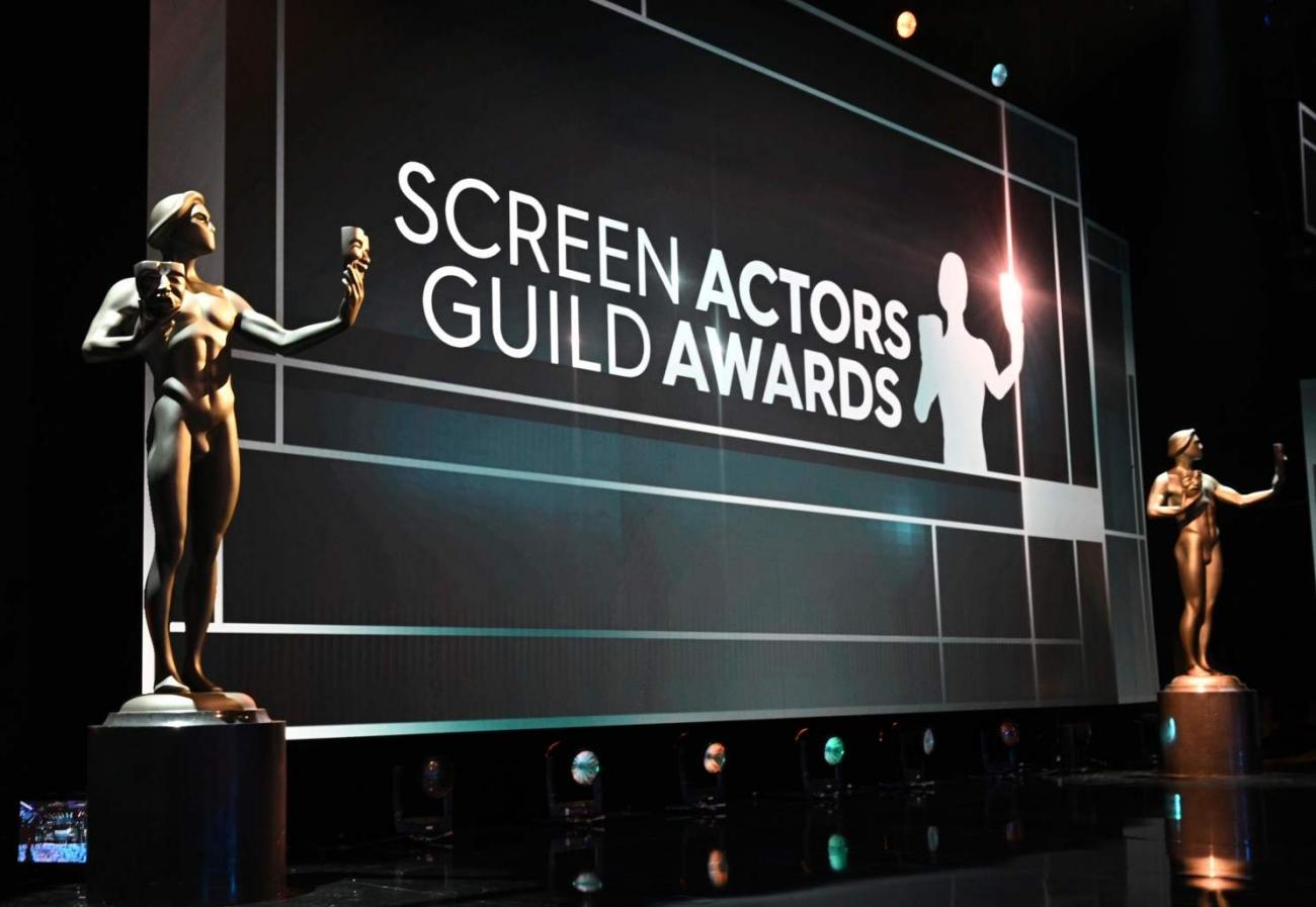Entrega de estatuillas de los Screen Actors Guild Awards a las mejores actuaciones de cine y televisión del año en el Shrine Auditorium de Los Ángeles