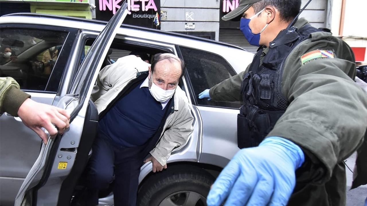 Juez Hugo Huacani envia al penal de San Pedro con detención preventiva por tres meses al exministro de Salud Marcelo Navajas y a otros tres implicados en el caso de la compra de respiradores para la lucha contra el COVID-19 con presunto sobreprecio