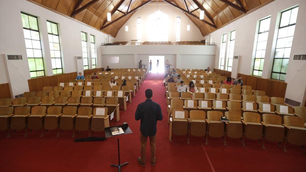 Durante una misa  más de 40 personas contrajeron coronavirus y aumentan a 107 los contagios vinculados a la celebración de misa baptista en Frankfurt