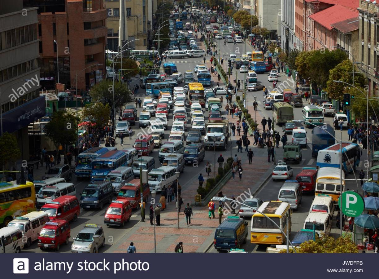 Se reactiva circulación de personas y vehículos estará permitida desde este fin de semana en La Paz, así como la apertura de reuniones de cultos religiosos con el 30% de capacidad