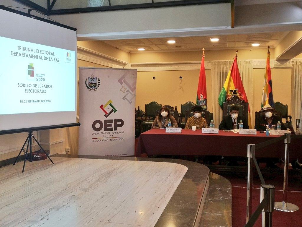 Mediante sorteo Tribunal Electoral Departamental selecciona 55.284 jurados electorales para 9.214 mesas en La Paz