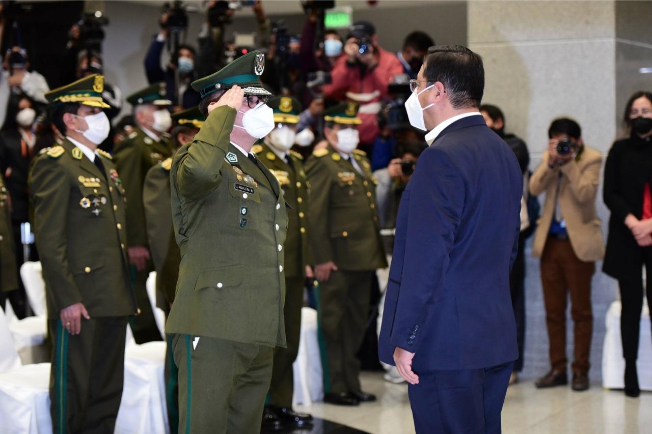 Coronel Jhonny Aguilera Montecinos posesionado como nuevo Comandante General de la Policía Boliviana