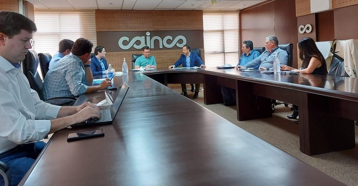 Cámara de Industria de Comercio (Cainco) felicitó a Eduardo del Castillo como Ministro de Gobierno y le solicitó