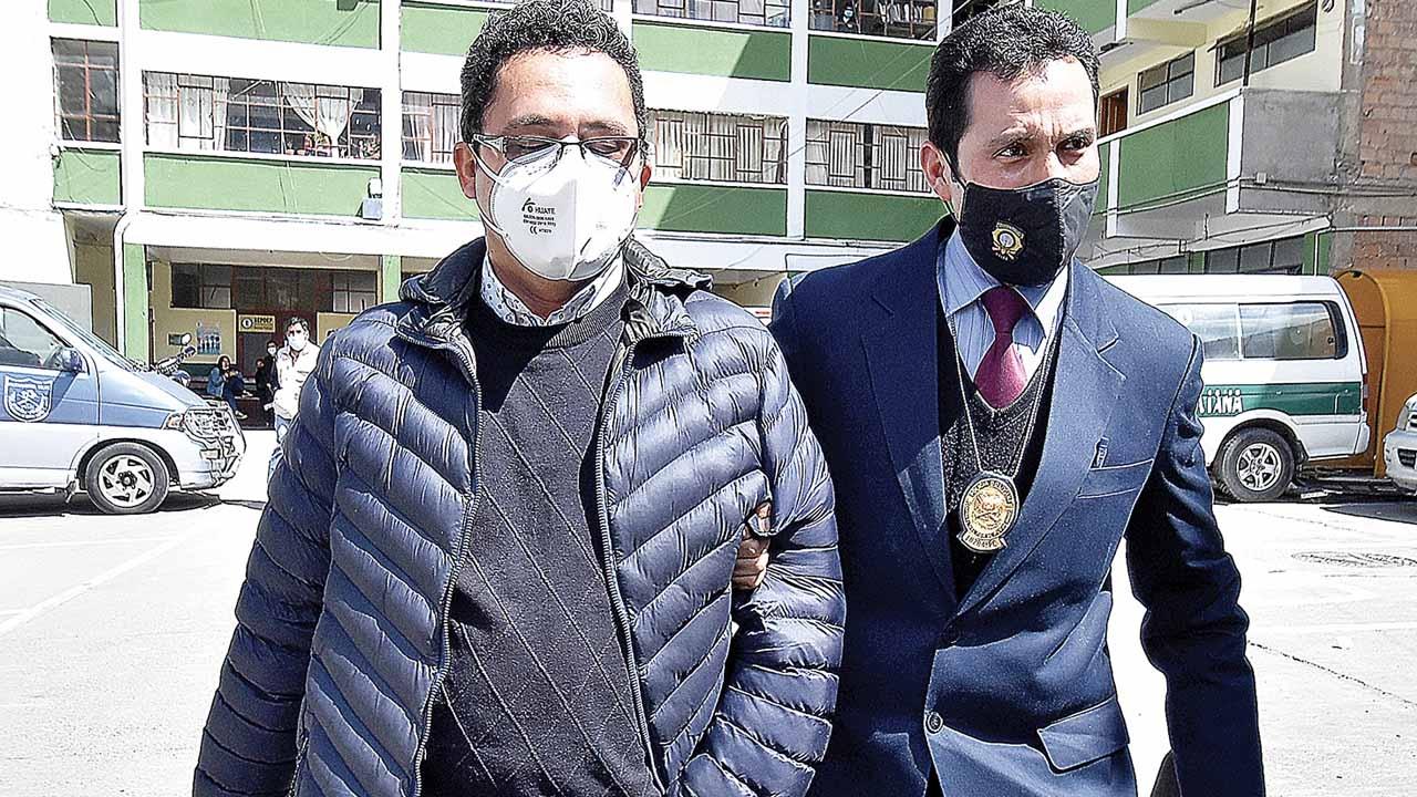 Eddy Luis Franco será procesado por desvío de $us 390.000 por presunta comisión de delitos de enriquecimiento ilícito y conducta antieconómica e involucra a dos ex secretarias