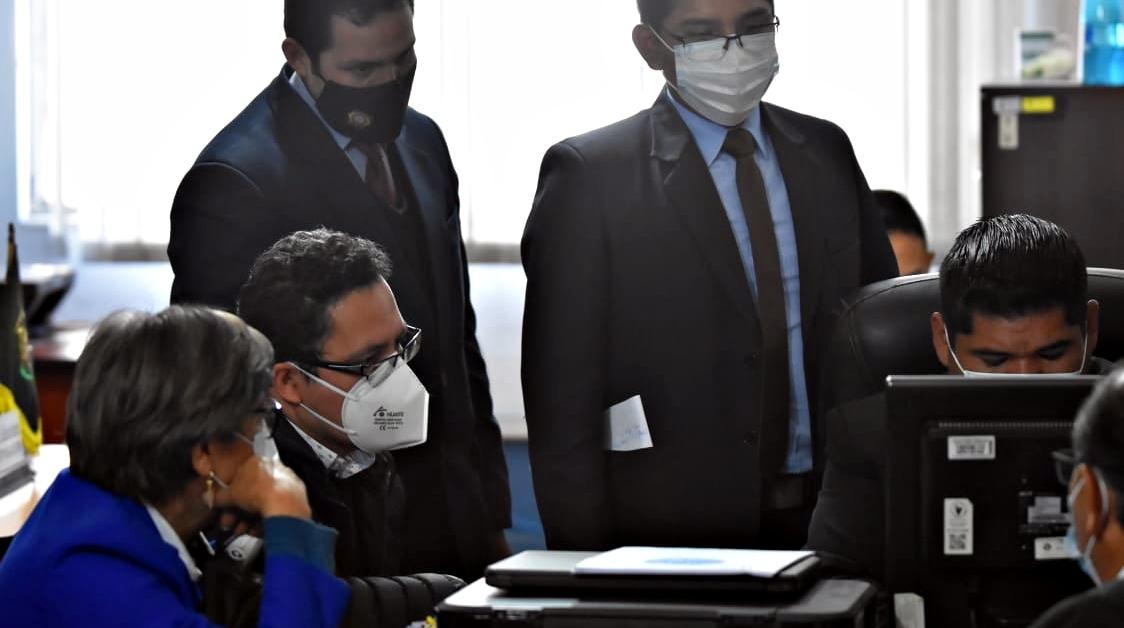 Detención preventiva en la cárcel de San Pedro para exgerente de Entel Eddy Luis Franco fue  por seis meses implicado en el desvío de al menos $us 390.000 para una supuesta revisión de la instalación de la red de fibra óptica de Bolivia en Perú