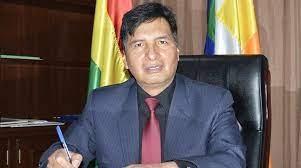 Ministro de Educación afirma que no existe la instrucción ni fecha exacta para volver a clases presenciales