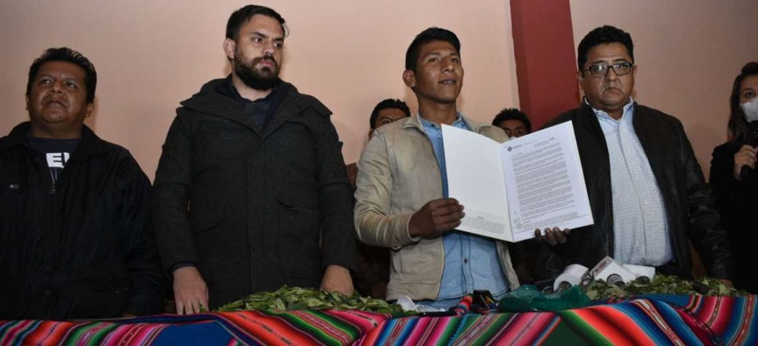 Gobierno reconoce dirigencia de Arnold Alanes y restituye el mercado de la coca a Adepcoca